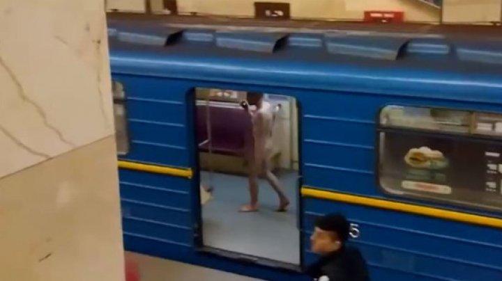 Голый мужчина попытался угнать поезд в киевском метро (видео)