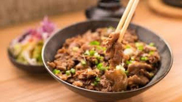 Японский ресторан с блюдами из человечины оказался фейком