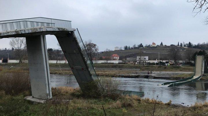 В Праге рухнул пешеходный мост: есть пострадавшие