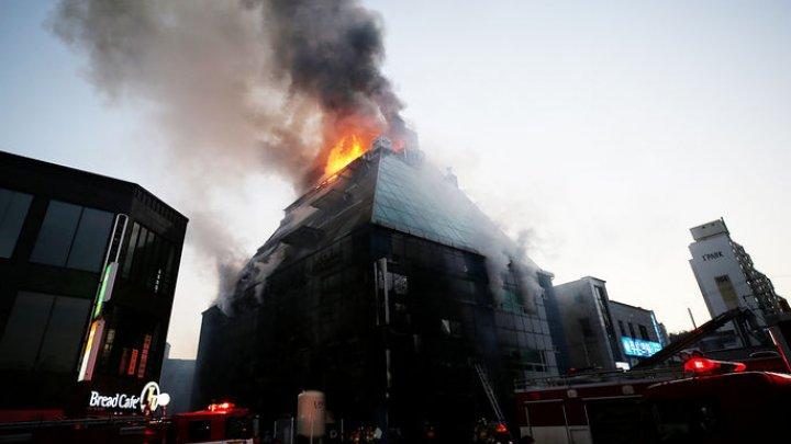 Число жертв пожара в фитнес-центре в Южной Корее выросло до 29 человек
