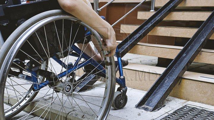 В Кишинёве прошла выставка, приуроченная к Международному дню инвалидов