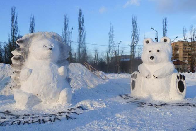Красивая сказка из снега