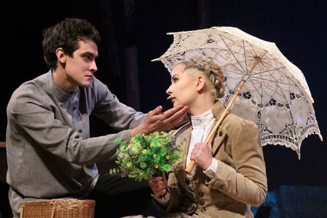 Премьера Молодежного драматического театра «Год змеи» удивила многих
