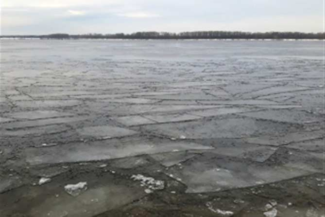 17-12-2017: В Тольятти спасали рыбака