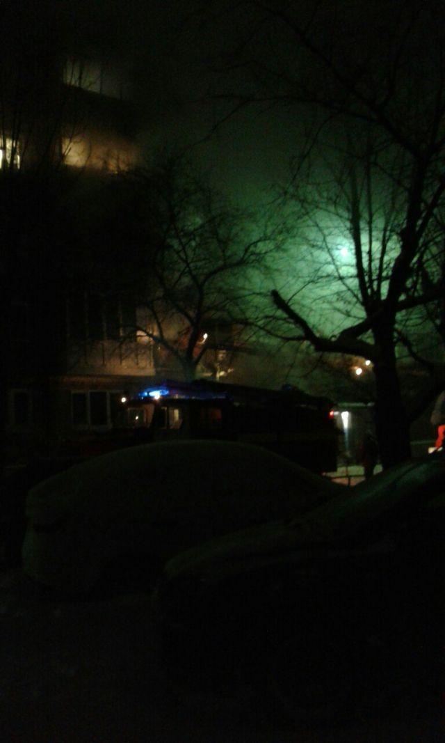 Шесть человек пострадали в результате взрыва газа в жилом доме в Омске: фото