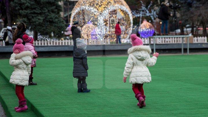 На Рождественской ярмарке устроили «ритуал вызова снега»
