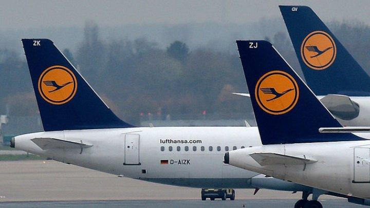 Пассажирский самолет срочно вернулся в аэропорт Ниццы из-за внезапного сильного толчка