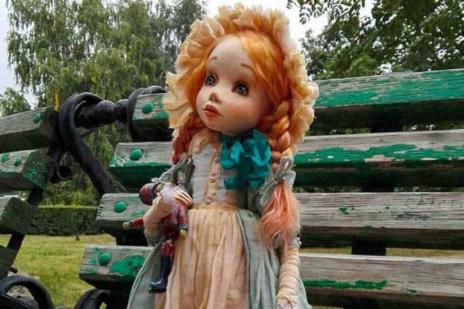 «Когда я начинаю творить куклу, то забываю обо всем в мире»