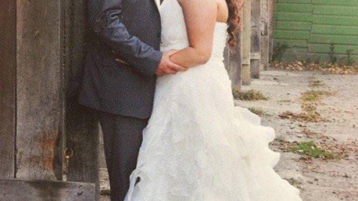 Продаётся свадебное платье: «В отличие от моего брака, оно в отличном состоянии»