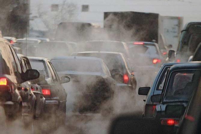 О проверке содержания вредных веществ в выхлопных газах автомобилей на городских магистралях