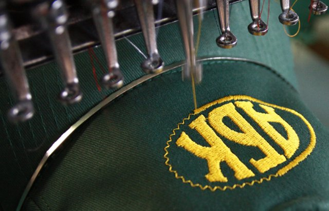 Печать и нанесение вашего логотипа на продукцию