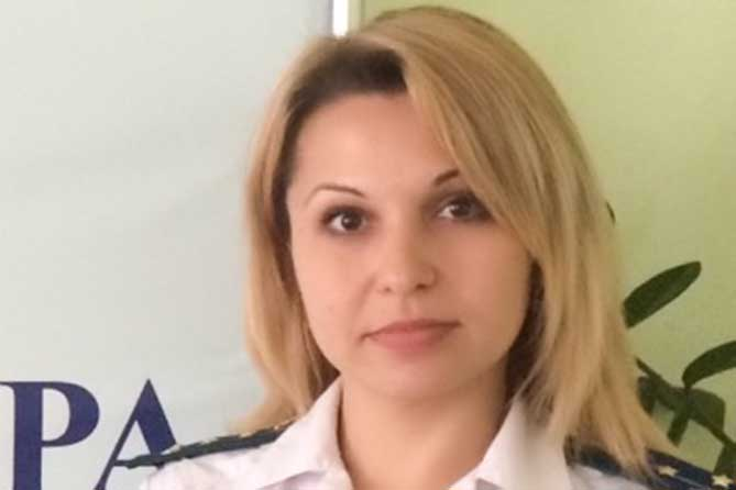Отвечает помощник прокурора Автозаводского района Тольятти Виктория Сорокина