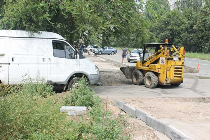 В Тольятти начался ремонт внутриквартальных дорог