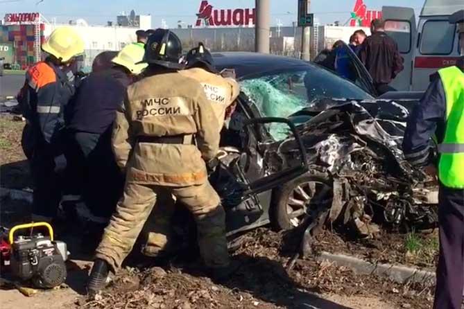 спастелт деблакируют пострадавшего из автомобиля