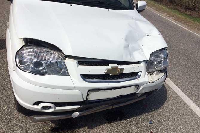 Водитель столкнулся с автомобилями ранее произошедшего ДТП