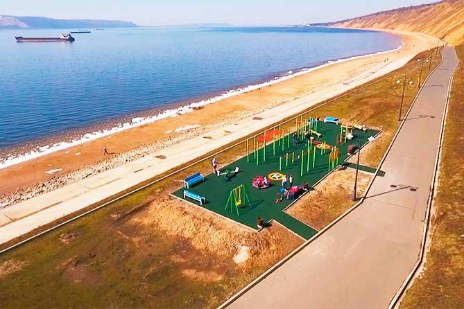 На набережной Комсомольского района открывается новая спортивная площадка