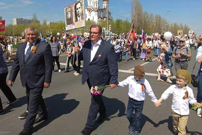«Бессмертный полк» в Тольятти три года подряд ставит рекорд