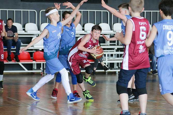 В Тольятти завершился баскетбольный турнир для юношей 2018