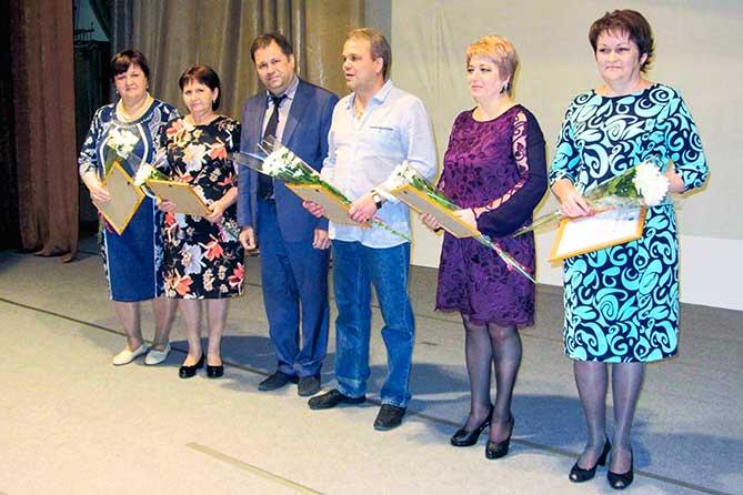 награждение лучших работников детской больницы 1