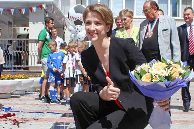 Открытие «звезды» трехкратной чемпионки мира по гандболу Надежды Муравьевой