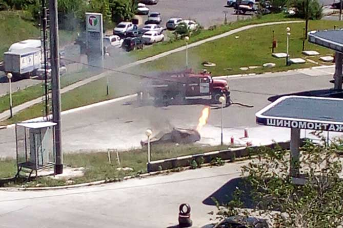огонь на автомобилена Приморском бульваре