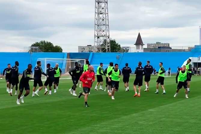 Сборная Швейцарии вернулась в Тольятти после матча с Бразилией