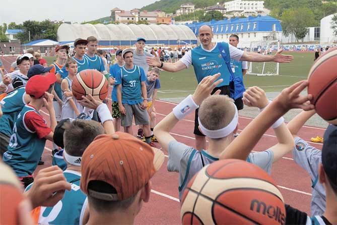 Юные баскетболисты из Самарской области отправились в баскетбольный лагерь