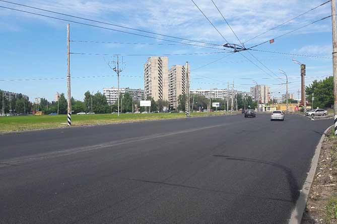 На улице Жукова продолжается ремонт дороги