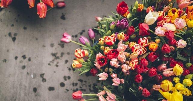 Разноплановый салон цветочной доставки