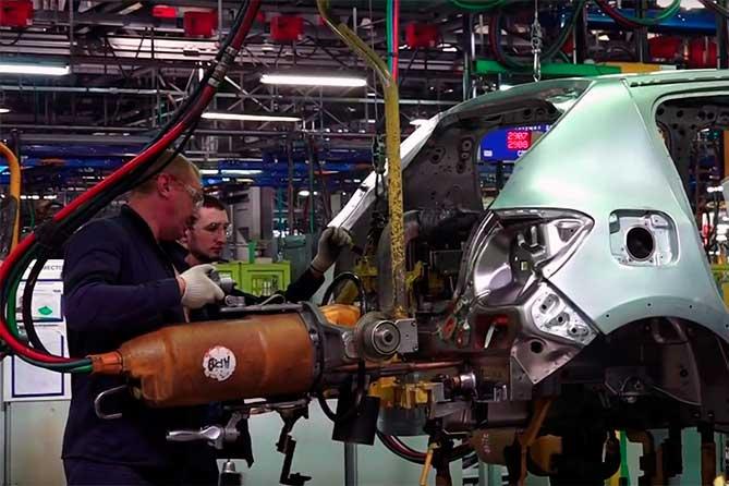 АВТОВАЗ: Три миллиарда рублей на улучшение условий труда работников