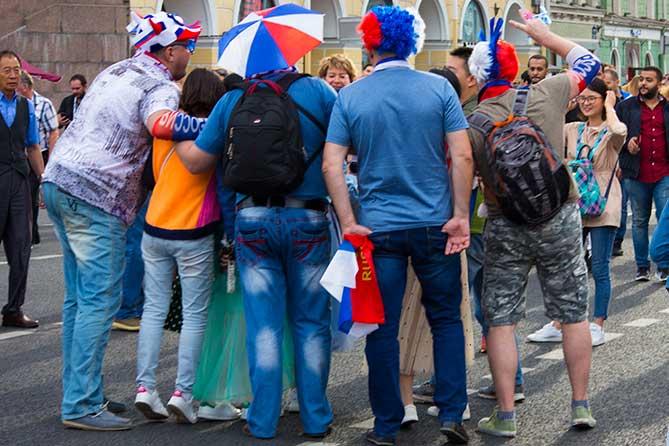 Почему сборная России по футболу победила