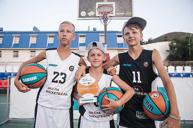 Тольяттинские баскетболисты — в числе лучших игроков лагеря SIBURCAMP 2018