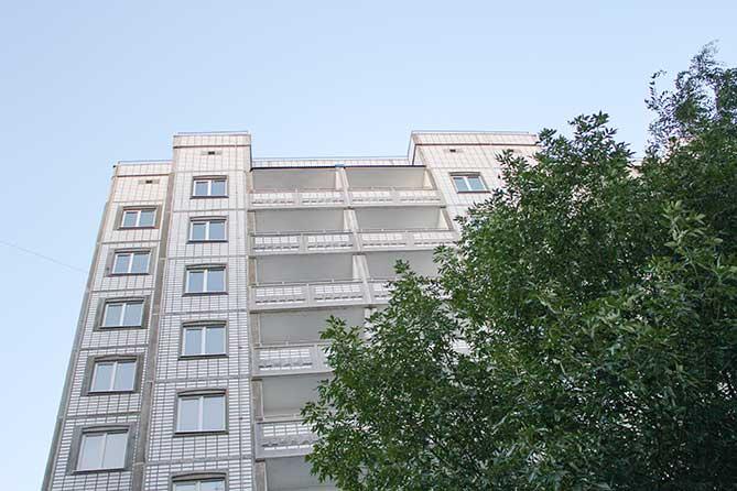 В Тольятти продолжает заселяться первый муниципальный дом