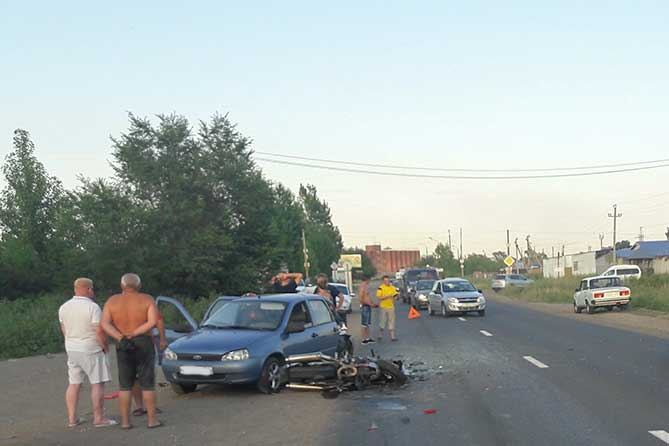 ДТП с участием мотоцикла и автомобиля на улице Северной