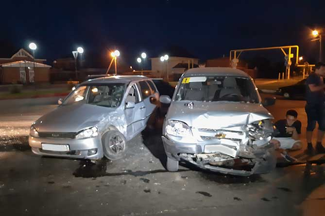 В ДТП на автодороге Тольятти-Подстепки пострадали водители