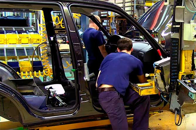 Стало известно, когда GM-АВТОВАЗ остановит конвейер в связи корпоративным отпуском