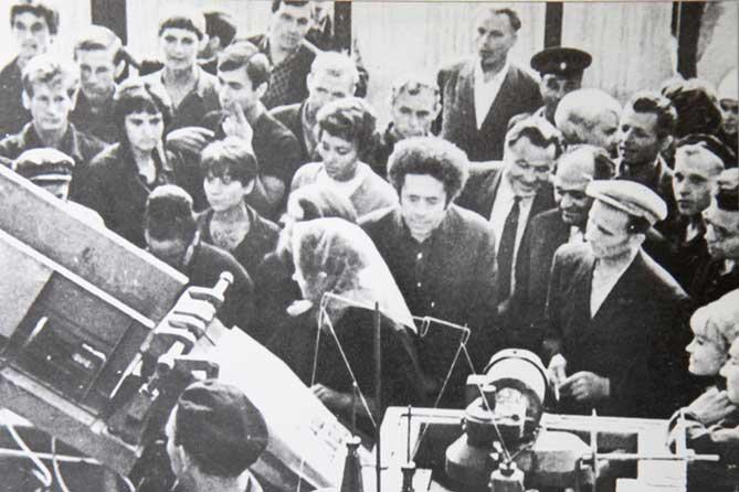 В Тольятти 50 лет назад выпустили первый брикет изопренового каучука из изопентана