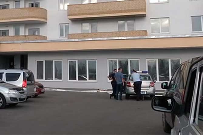 В Тольятти молодая женщина упала с двадцатого этажа