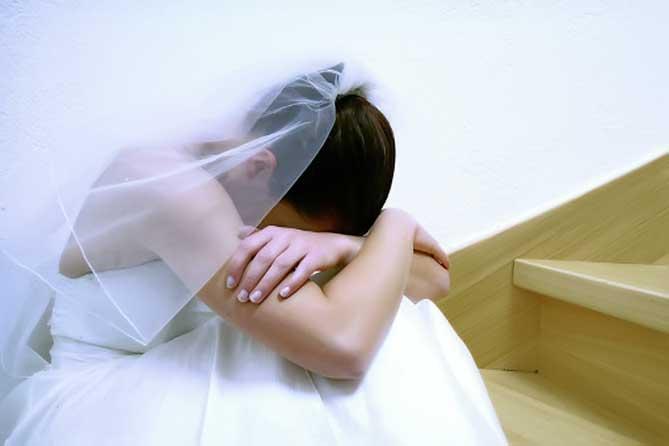 Все на потребу дня: и свадьбы, и похороны, и разводы
