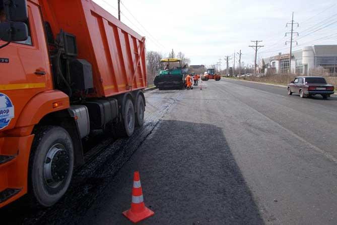 Ремонт городских магистралей картами близится к завершению