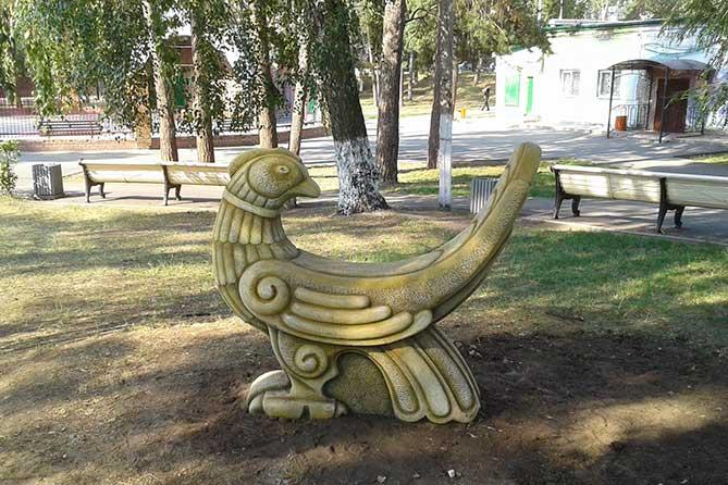 В парке Комсомольского района сделали интересную фотозону