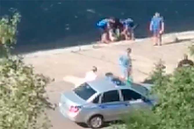 На Шлюзовом во время плавания утонула женщина