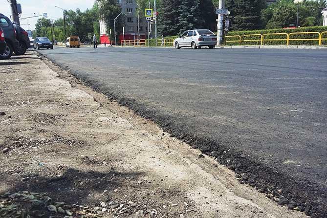Проверка хода ремонта улицы Горького