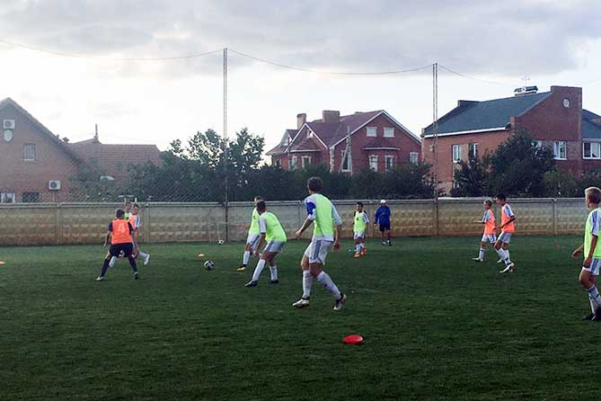 Дмитрий Азаров посетил в Тольятти Академию футбола имени Юрия Коноплева