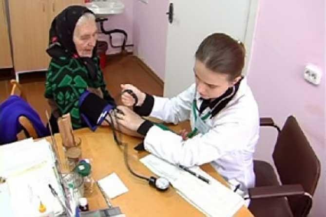 Медицинские специалисты осмотрят пожилых пациентов в Тольятти 9 августа 2018 года