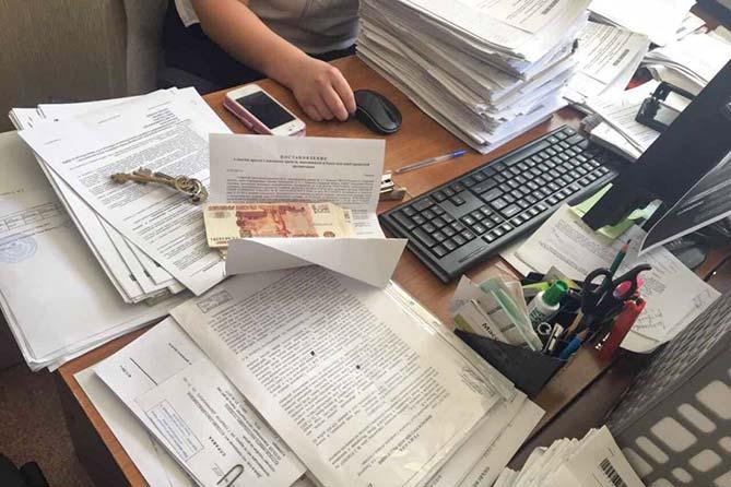 Тольятти: Взятка в размере 81 500 рублей