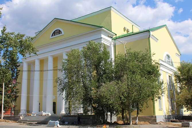 здание центра русич