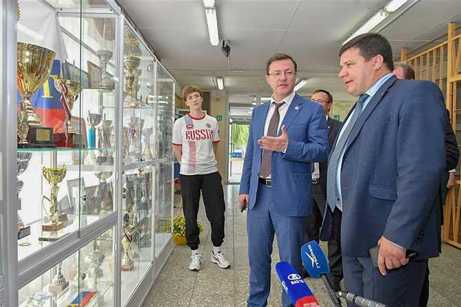 Нашли средства на ремонт спортзала школы Тольятти