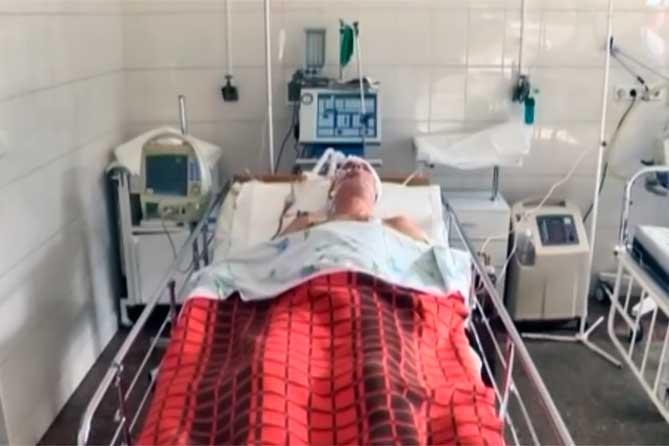 Домой дошел сам, ночью был госпитализирован в больницу: Через несколько дней скончался