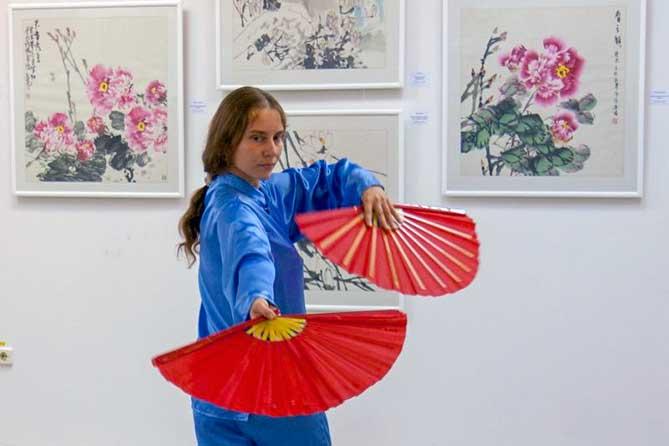 Тольяттинский художественный музей пригласил зрителей в мир китайской традиционной живописи